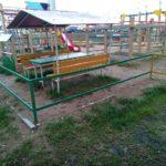 Забор вокруг детской площадки на Панченко, 8